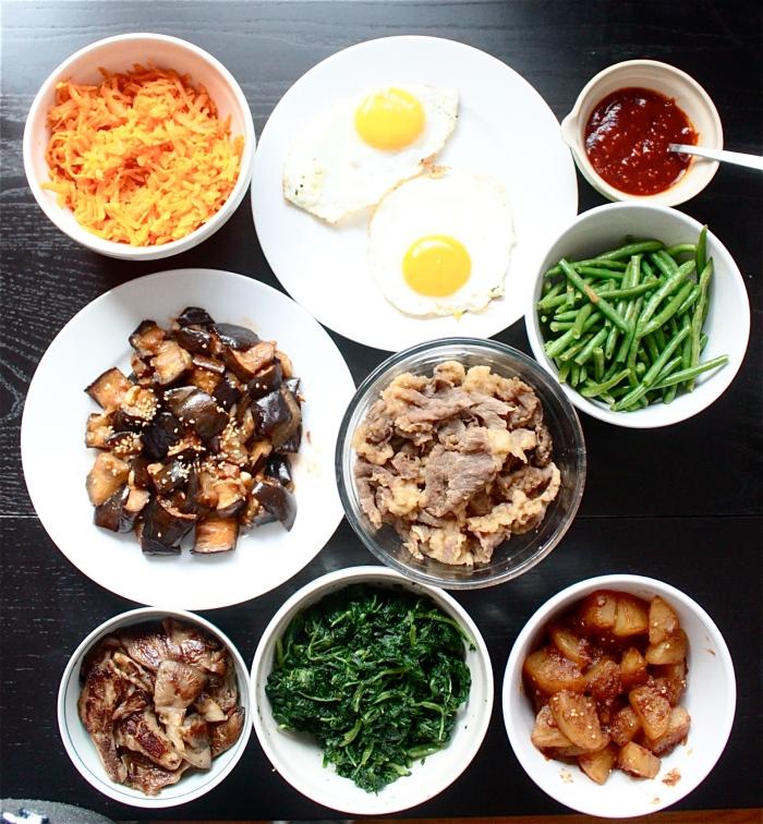 豐富的韓式拌飯配菜